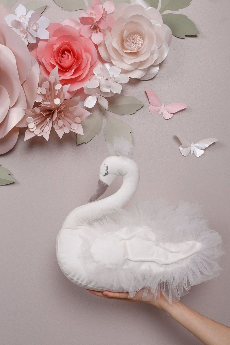 A little girl's nursery will be the space where she grows, learns, and plays, so make it as magical as her personality. Today we're sharing nursery ideas fit for a swan princess.