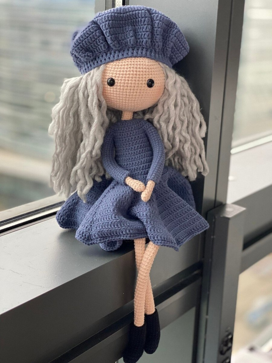 Before you go ahead and assume that dolls are a gendered toy, you might want to think again. Children benefit greatly from having a bag full of ones in their hands, not only for imaginative play but for developing social and emotional skills as well.