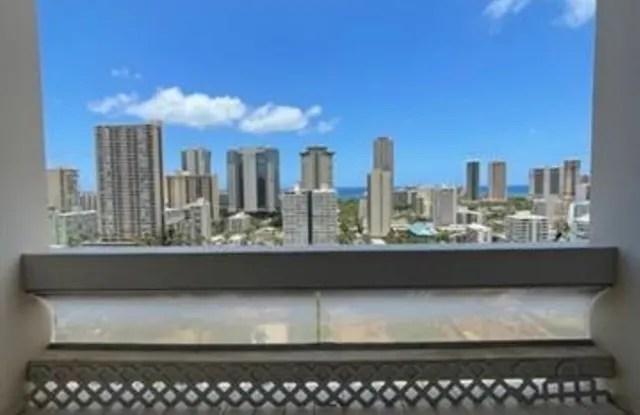 https www apartmentlist com hi honolulu 500 university avenue 3