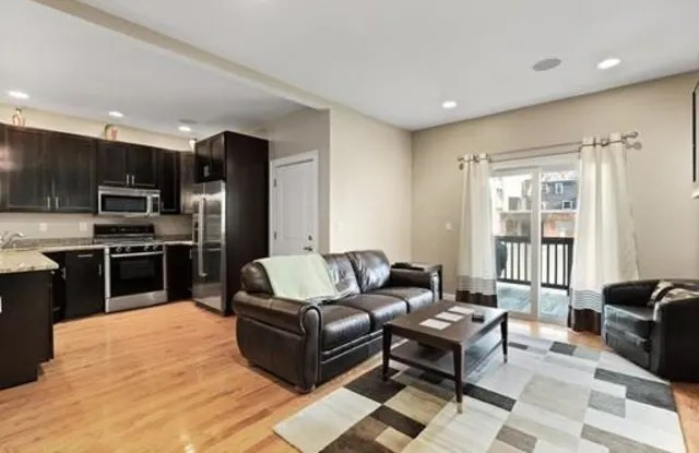 198 W 6th Street Boston Ma Apartments For Rent