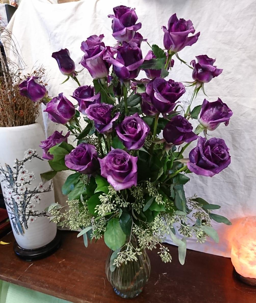 deeply violet rose bouquet