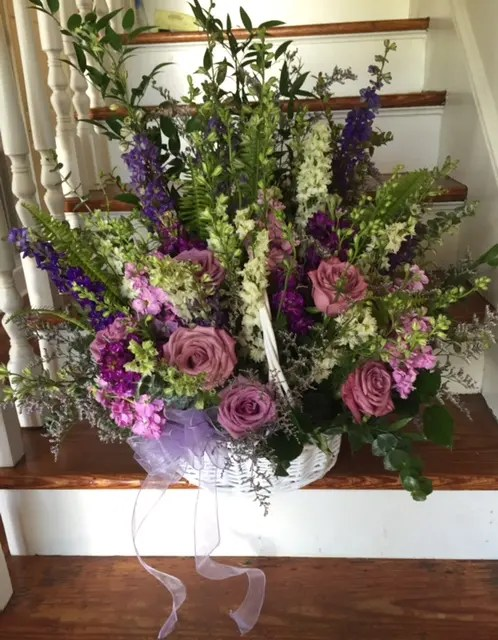 larkspur roses hydrangeas and