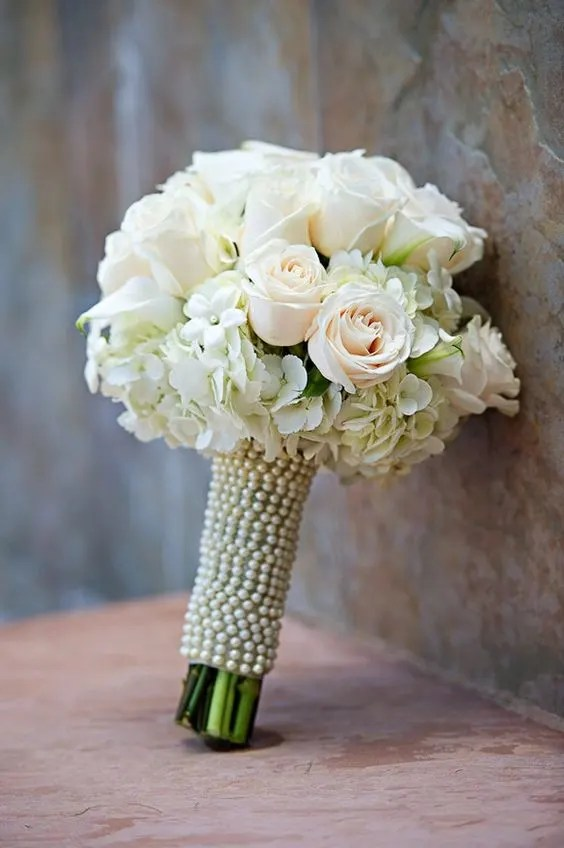 white bride bouquet by