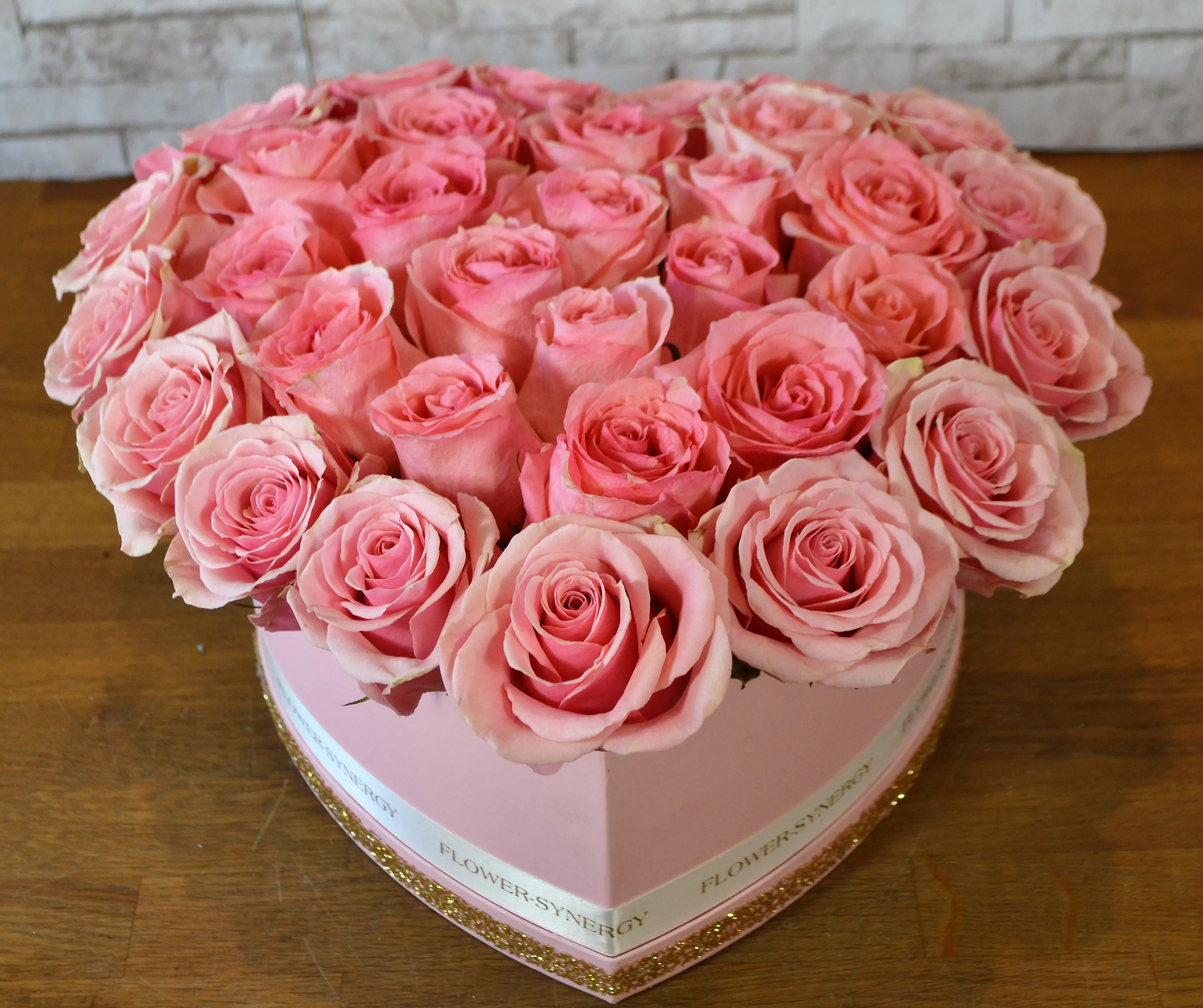 heart of pink roses