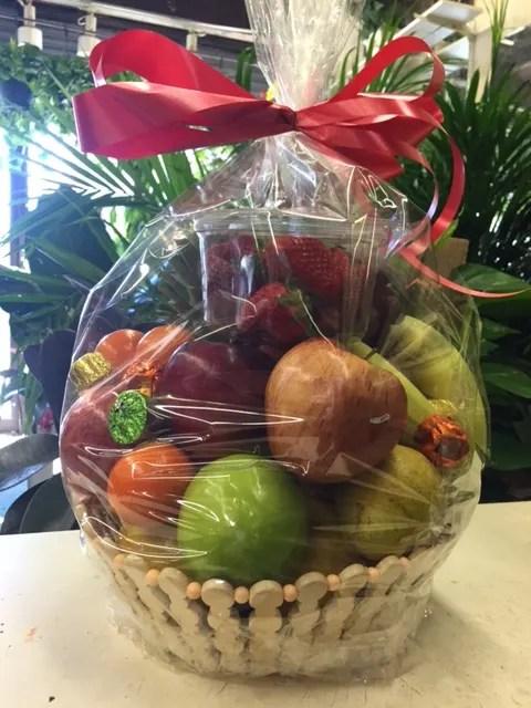 fruit basket in brooklyn