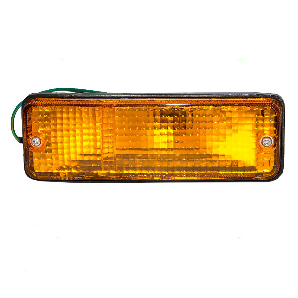 medium resolution of 87 91 toyota camry drivers front park signal marker light assembly bumper mounted