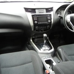 Nissan Navara D40 Ignition Wiring Diagram Telecaster 5 Way Switch Sl 2017 Review Carsguide The Interior Offers A Tasteful Mix Of Piano Black Grey Vinyl And Satin Chrome Highlights