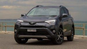 Toyota RAV4 2018 review | CarsGuide