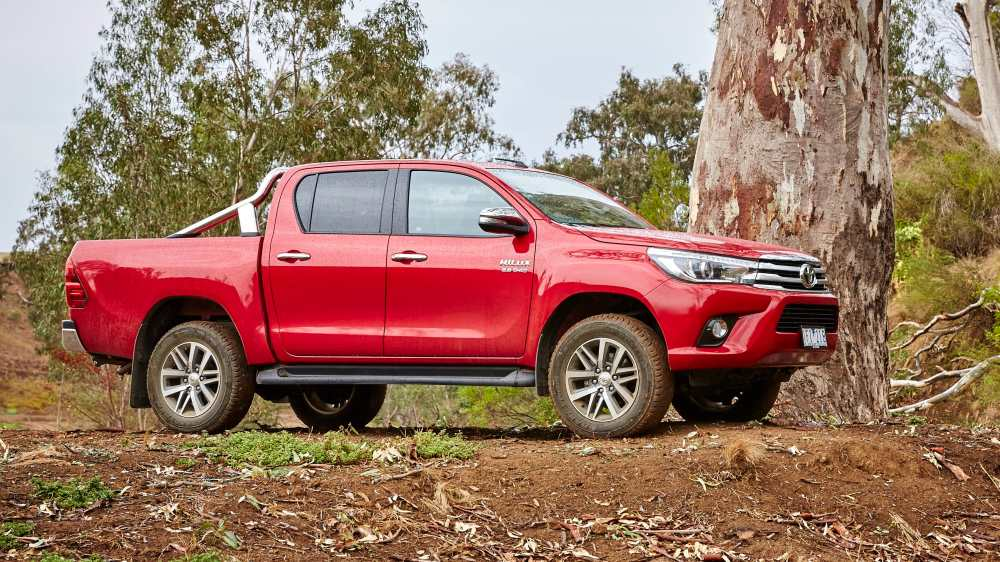 medium resolution of toyota hilux 2017 carsguide