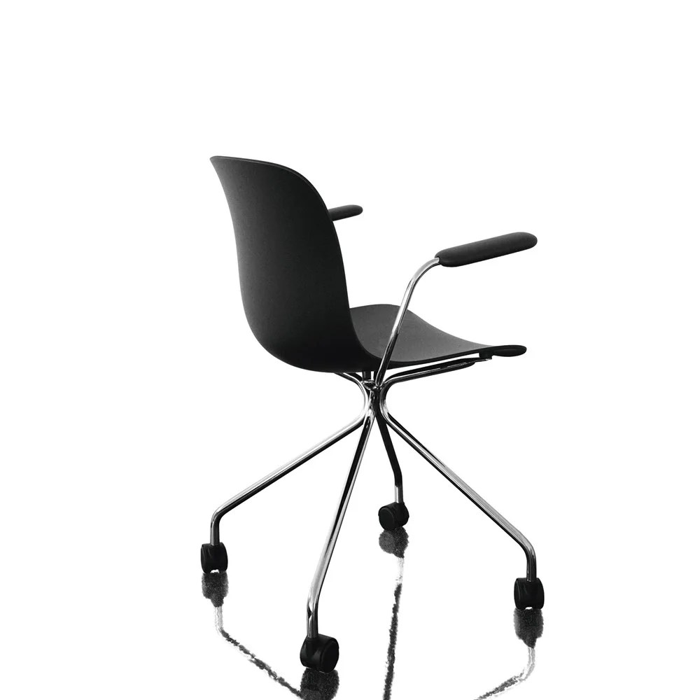 Chair On Wheels Troy Chair With Arms 4 Star Base On Wheels Chromed Frame White Seat By Magis Design