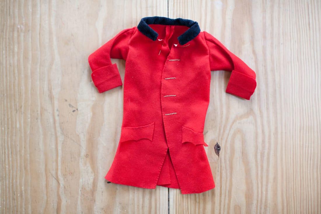 a suit of clothes