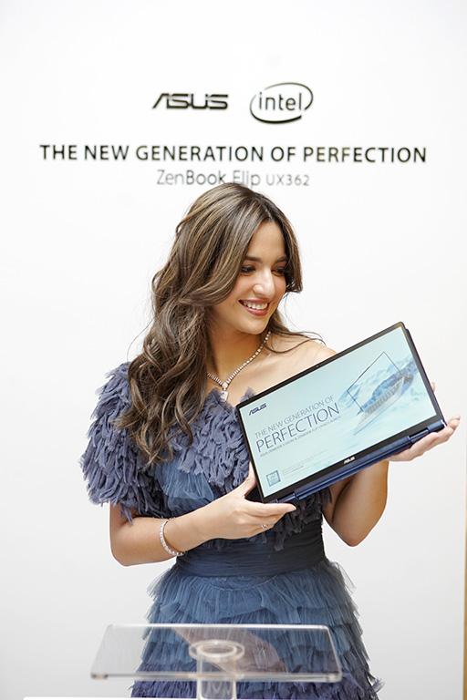 khususnya bagi penggemar yang menginginkan sebuah ultrabook indah plus performa mumpuni ZenBook S UX392  ZenBook UX362 Resmi Diluncurkan: Kombinasi Sempurna Antara Performa, Portabilitas  Estetika