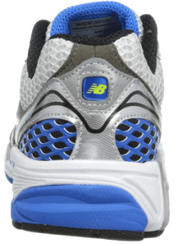 Forefoot flex grooves