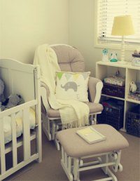 The 5 Best Glider Nursery Chairs: Moms Choice