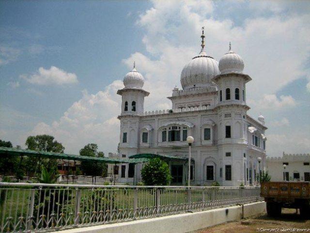 delhi, name, origin, story, popular, reason, hauzkhas, daryaganj, cannaught, capital,