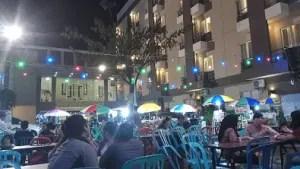 Suasana Pasar Malam Santika