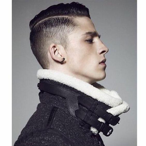 951388 15 gaya rambut cowok yang akan jadi tren pada 2019 10 Plus, Gaya Rambut Pria Yang Jadi Tren Tahun Ini