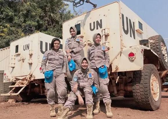 hipwee Screen Shot 2019 08 03 at 1.26.09 PM Viral, Brigadier Imah Beautiful Policewoman Looks Like Indonesian Artist Pevita Pearce