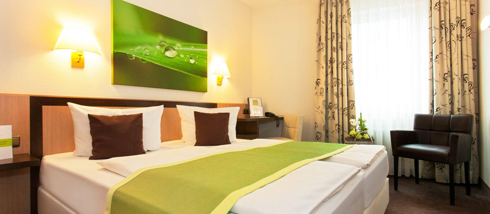 Favored Domicil Frankfurt Hotel In Germany Enchanting Travels