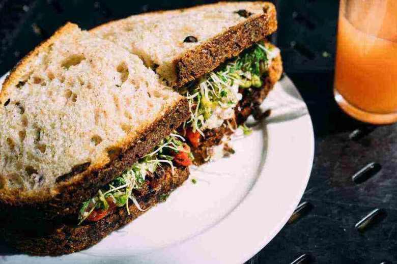 veg sandwich Healthy Breakfast Options