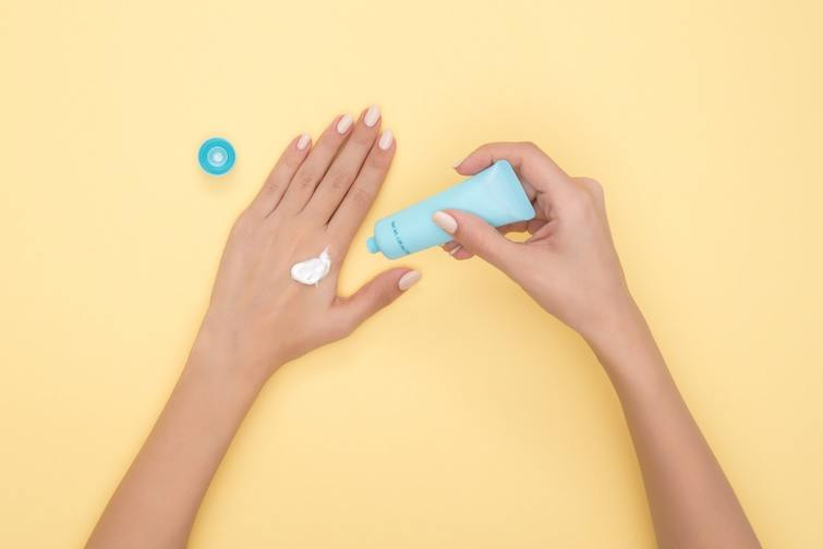 anti tanning cream - summer essential