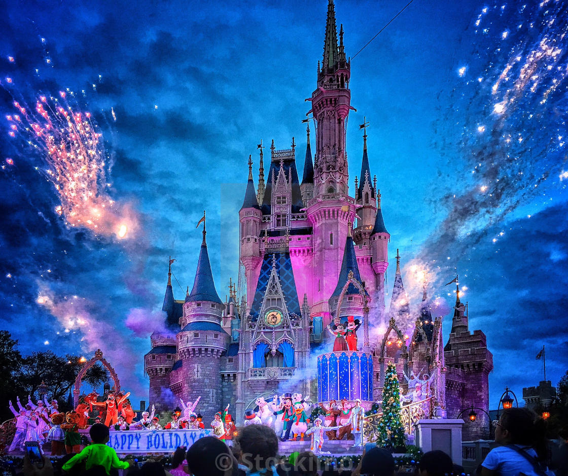 Walt Disney World Christmas Holidays Live Show In Front Of