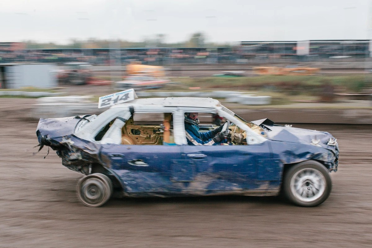 hight resolution of kevin faingnaert photography of the brutal scrap banger car races of belgium