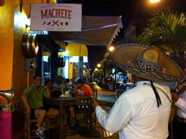 Letrero Machete