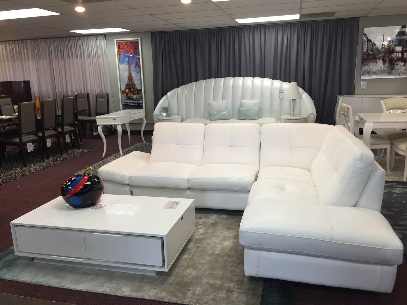 Design Center Floor Model Sale Los Angeles CA