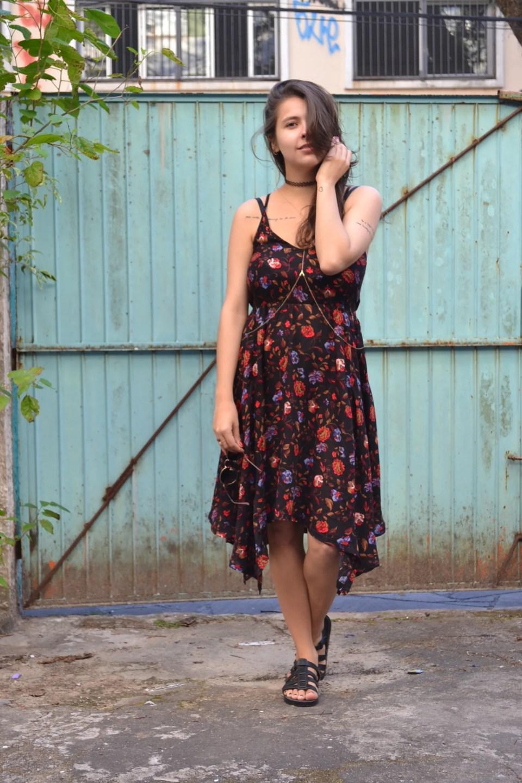 look-com-vestido-floral-midi3