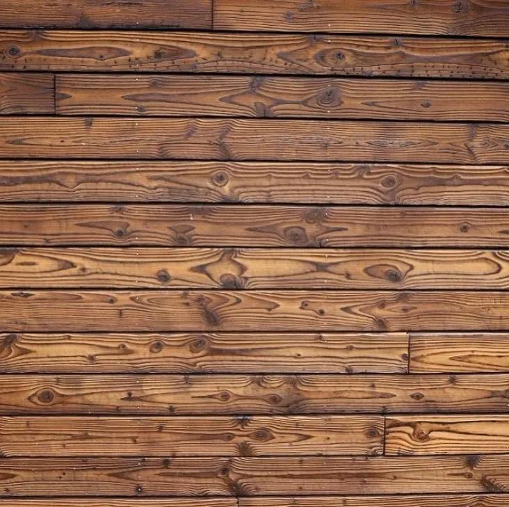 Bardage ou habillage mural en bois brulé