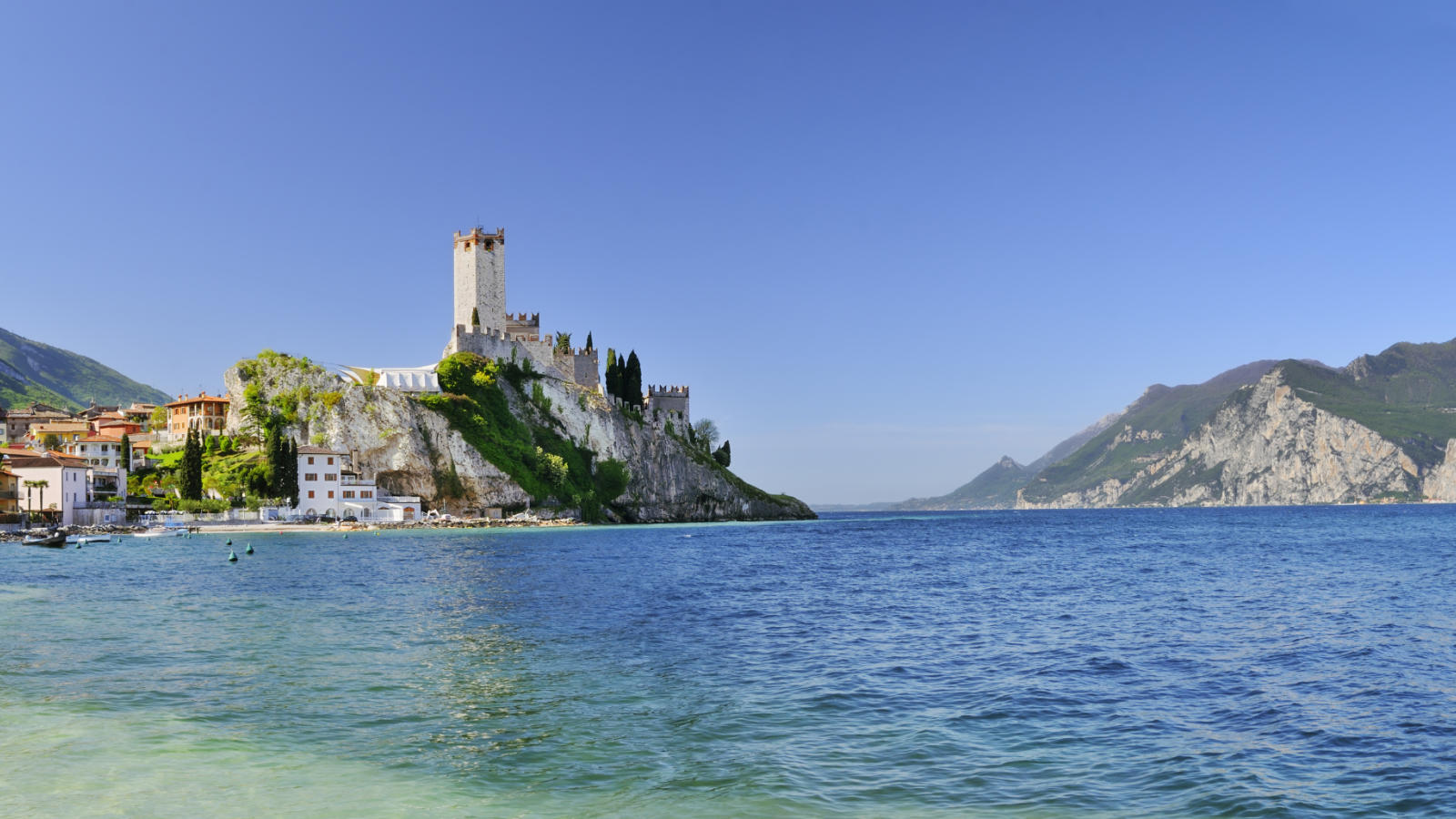 Holidays to Lake Garda 2016  Topflight  The Italian Specialist