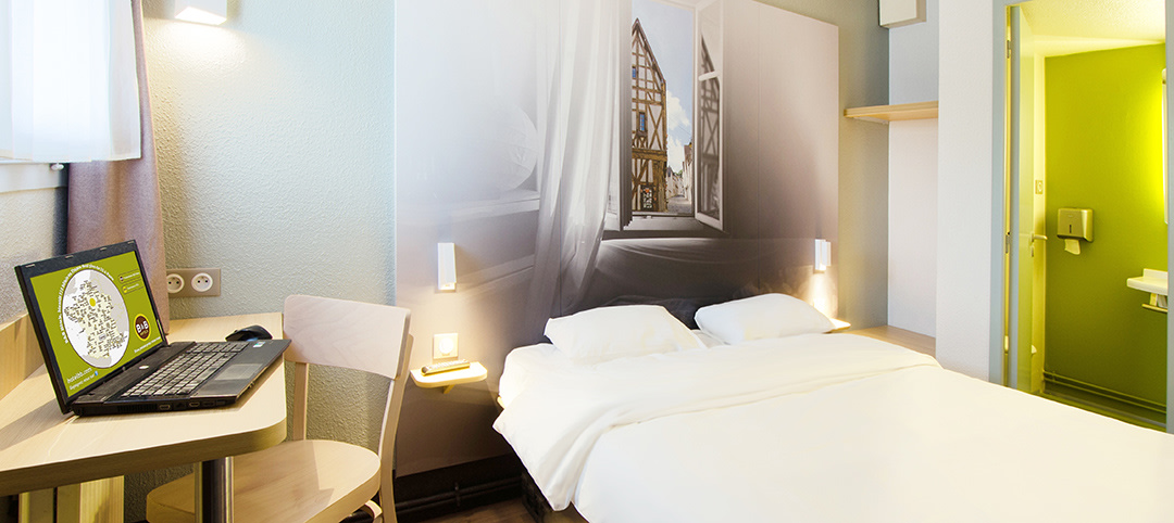 B B Cheap Hotel Chartres Le Forum Hotel Near Chartres And