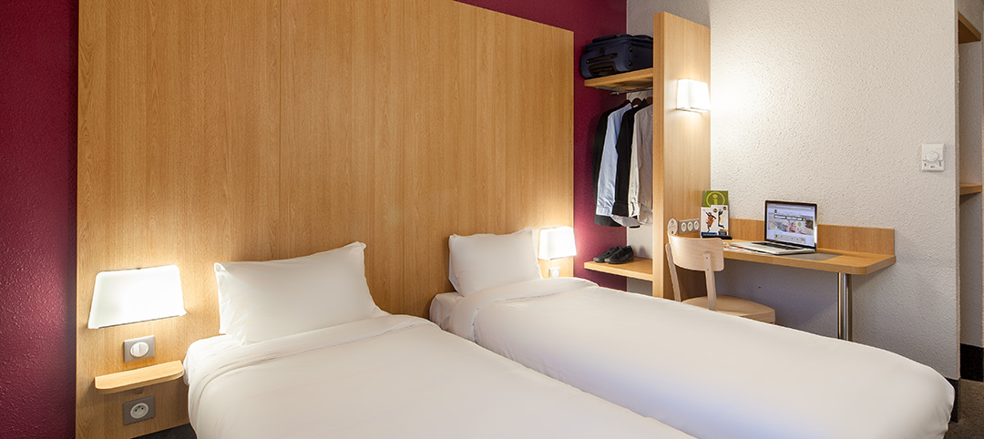 B B Hotel In Paris Chatillon Open 24 24 With Private Parking