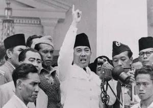 Soekarno-ganyang-malaysia_dawoom