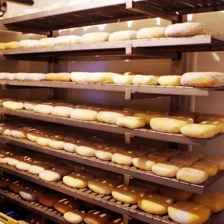 Elaboracion-quesos-Mahon-Menorca-El-Portal-del-Chacinado