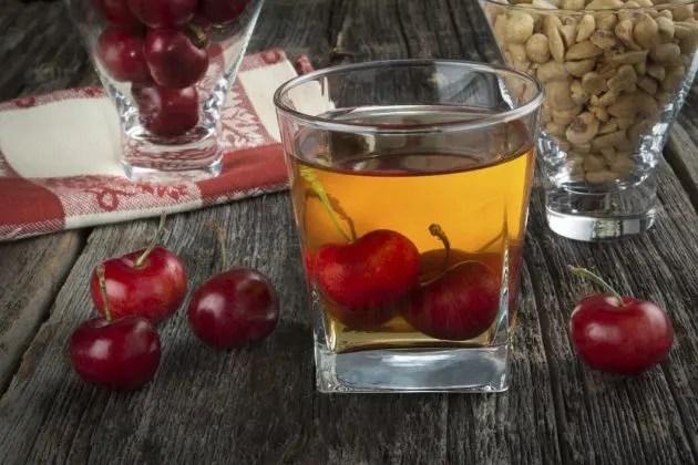 como-maridar-un-whisky-frutas-el-portal-del-chacinado