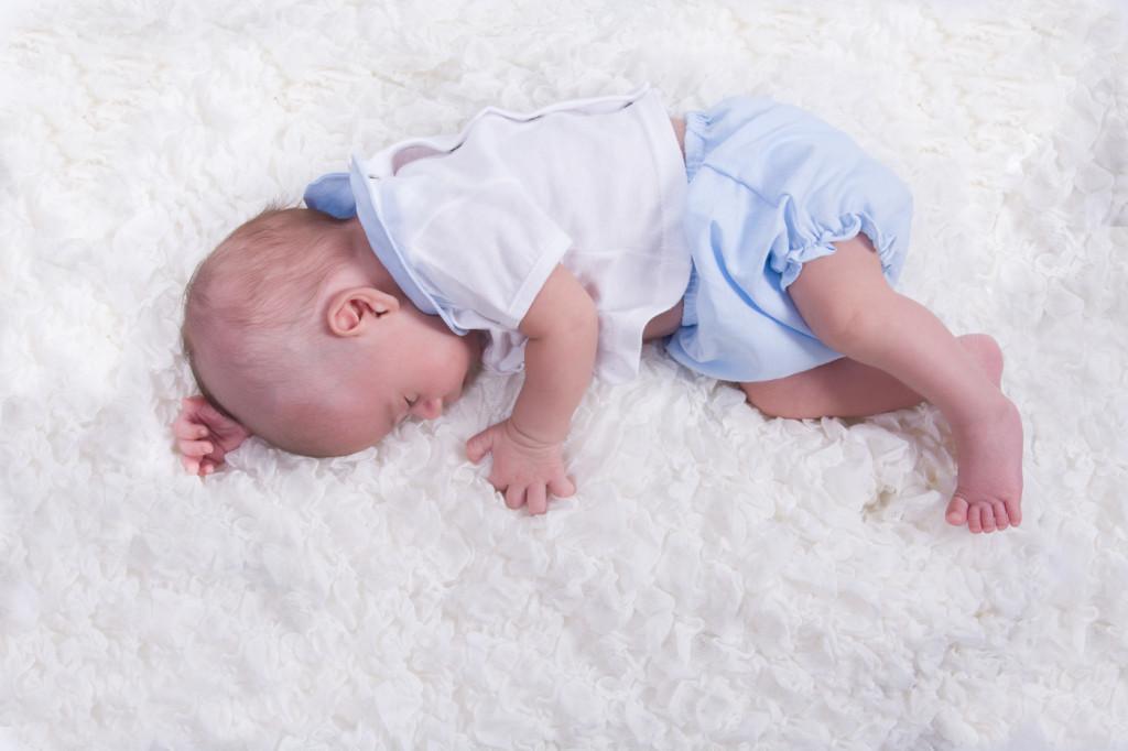 kidsfoto.es Fotografía BEBE NEWBORN recién nacido Zaragoza