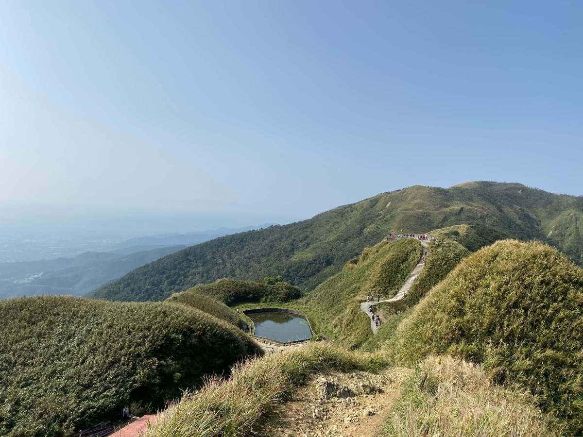 宜蘭大角崙山步道-眺望聖母山莊