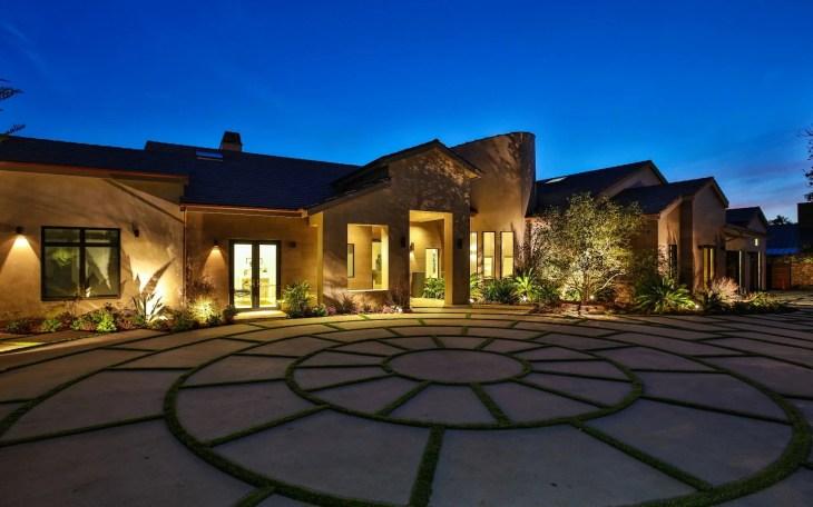 Single Family Home for Sale at 11902 Ellice St 11902 Ellice St Malibu,  California,