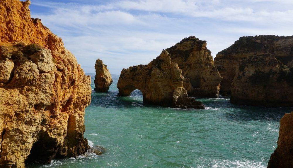 The beaches of Faro and Algarve (image published via Pixabay)
