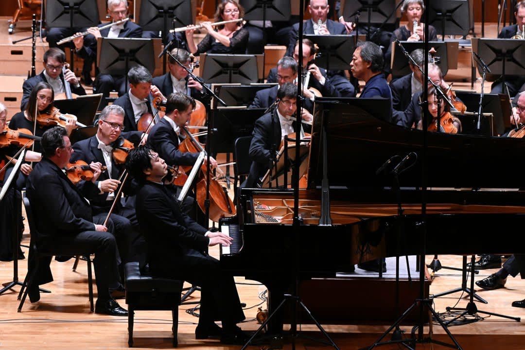 Photo No.3 of Brahms: Piano Concerto No. 1 & Six Piano Pieces