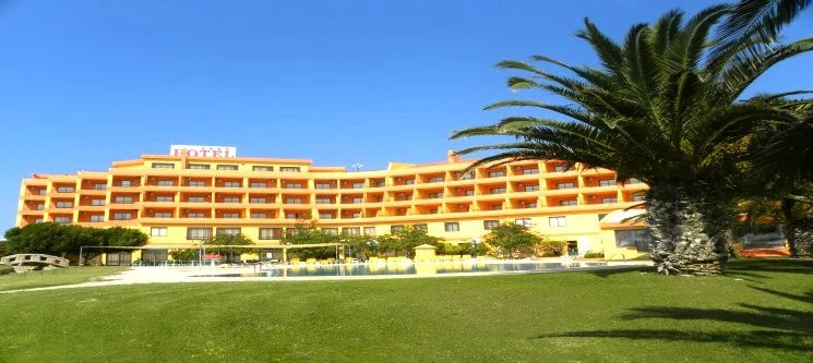 Thb Mh Atlantico Golfe Hotel In Peniche