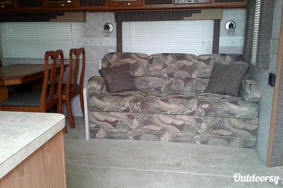 inflatable sofa bed the range caliaitalia leather reviews 2007 northwood mfg nash trailer rental in chilhowee, mo ...