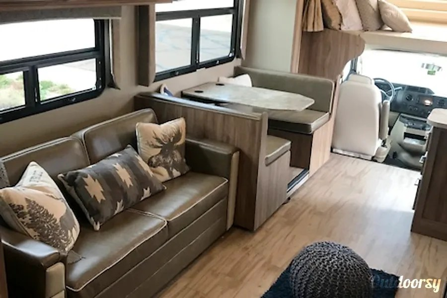 2019 Entegra Odyssey Motor Home Class C Rental In