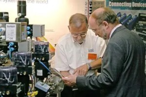 A journalist investigates at the PROFIBUS Conference
