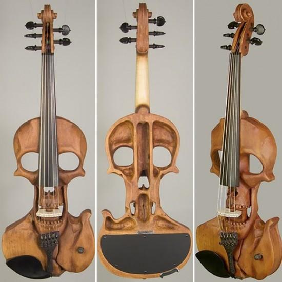Skull Violins / Jeff Stratton