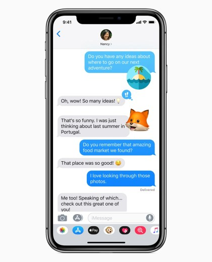iOS 12 Memojis in iMessages