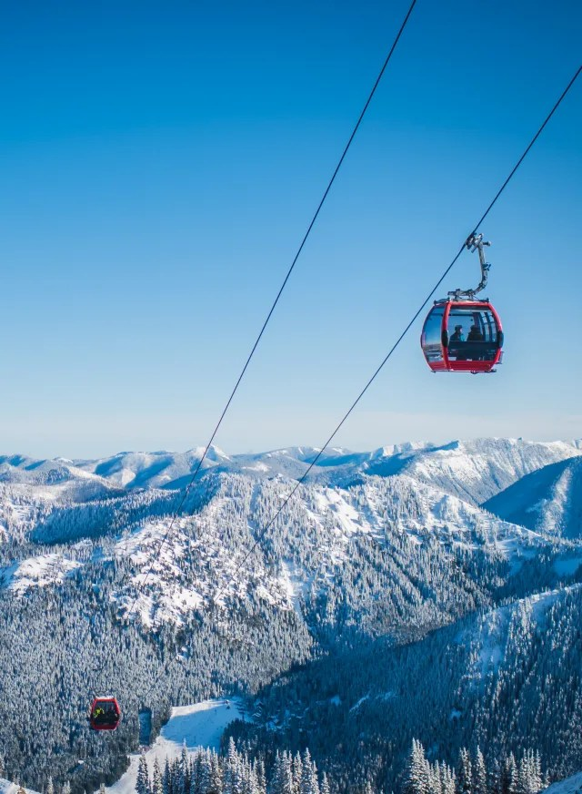 In addition to fantastic skiing and snowboarding, crystal mountain offers scenic gondola rides and snowshoe tours. Ski Season Is Still On Crystal Mountain Opens Wednesday Seattle Met