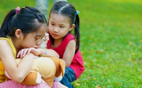Tips Cara Mendidik Anak Ucapkan Kata 'Maaf'